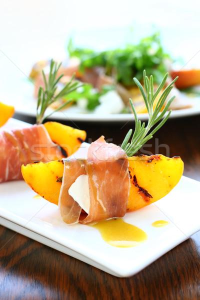 ストックフォト: 前菜 · 焼き · 桃 · ハム · ヤギ乳チーズ · パーティ