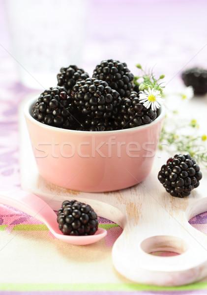 Frescos tazón frutas dulce BlackBerry Foto stock © sarsmis