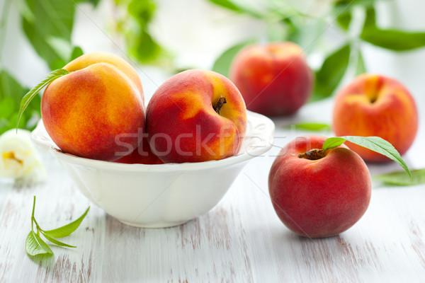 şeftali çanak taze gıda meyve kırmızı Stok fotoğraf © sarsmis