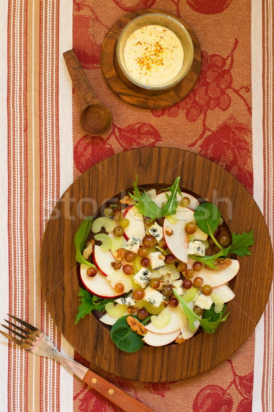Friss salátaöntet saláta almák szőlő zeller Stock fotó © sarsmis