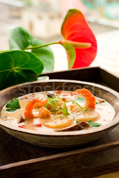 Tailandés sopa gamba coco crema setas Foto stock © sarsmis