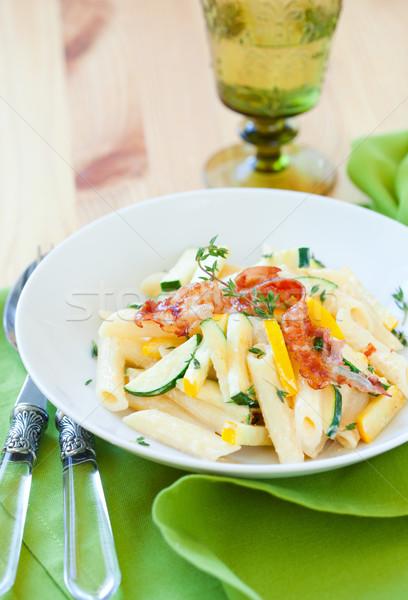 Calabacín pasta salsa verde comer almuerzo Foto stock © sarsmis