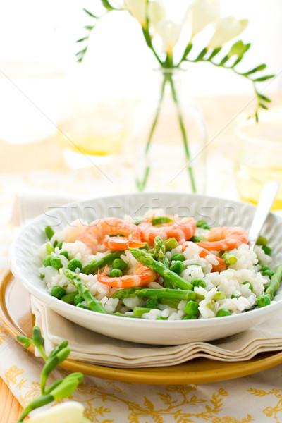 Espárragos camarón risotto italiano verde alimentos Foto stock © sarsmis