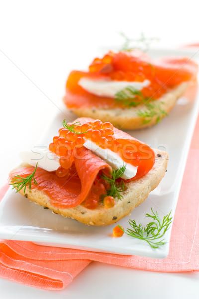 Saumon apéritif rouge caviar délicieux fraîches Photo stock © sarsmis