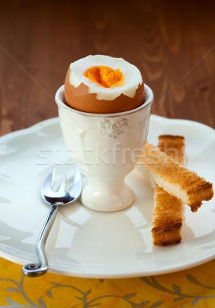 ゆで卵 エッグカップ トースト 鶏 パン フォーク ストックフォト © sarsmis