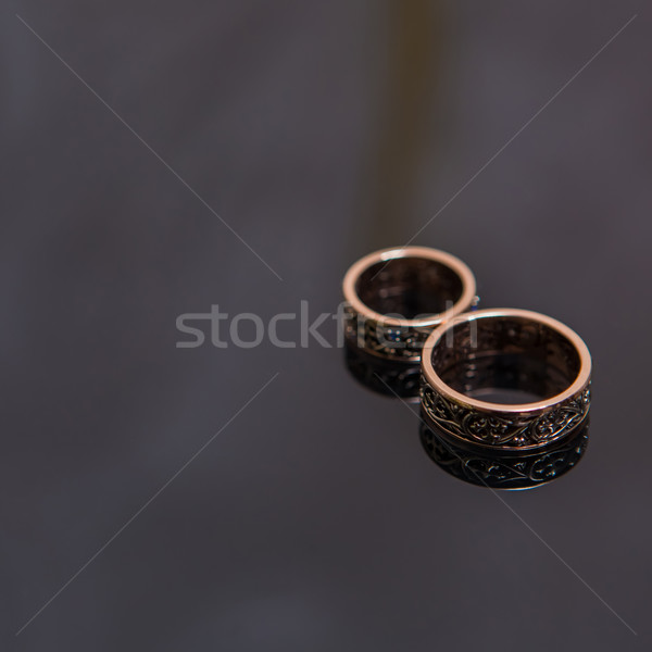 Dos anillos de boda infinito signo amor negro Foto stock © sarymsakov