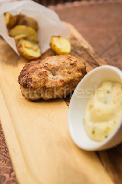 Nedvdús főtt marhahús hamburger krumpli fa Stock fotó © sarymsakov