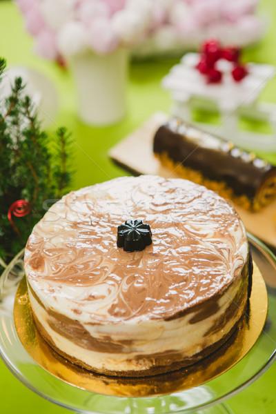 Zoete buffet cake heerlijk eigengemaakt veganistisch Stockfoto © sarymsakov