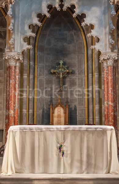 Kościoła ołtarz wewnątrz Roman katolicki Zdjęcia stock © sbonk