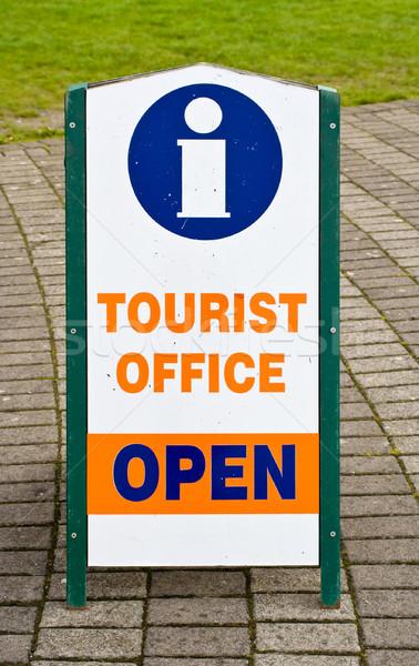 Turista iroda információ jel felirat nyitva szimbólum Stock fotó © sbonk