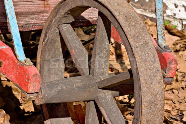 öreg talicska kerék közelkép falu New Jersey Stock fotó © sbonk