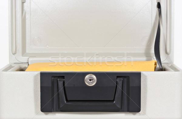 Fogo prova caixa abrir fogo grande amarelo Foto stock © sbonk
