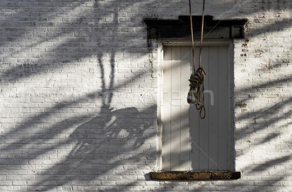 Cuerda oscuridad ciudad muerta colgante superior Foto stock © sbonk