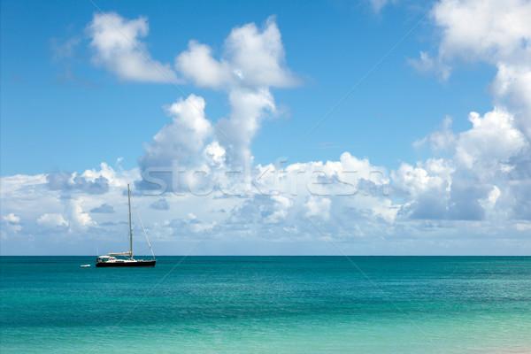 Belo ensolarado marinha iate blue sky fofo Foto stock © scheriton