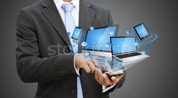 üzletember modern mobiltelefon kéz telefon férfi Stock fotó © sdecoret