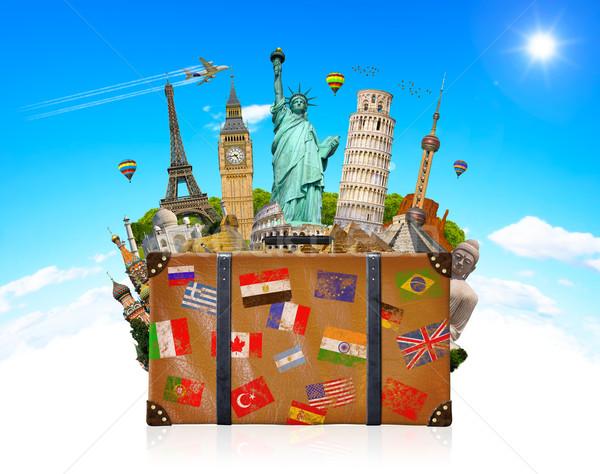 Seyahat çanta tok ünlü dünya anıtlar Stok fotoğraf © sdecoret