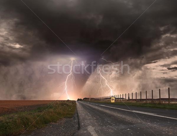 Nagy tornádó szerencsétlenség kilátás mező vihar Stock fotó © sdecoret
