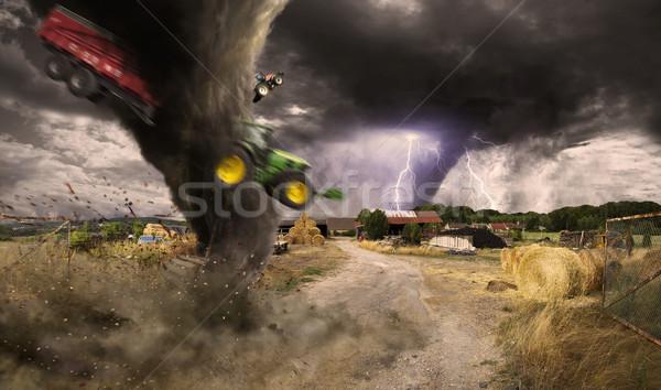Tornade catastrophe vue ciel nature Photo stock © sdecoret