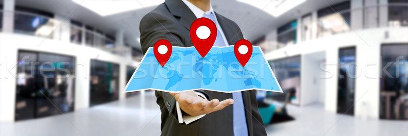 Foto stock: Empresário · digital · mapa · mãos · flutuante