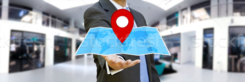 Zakenman digitale kaart handen Stockfoto © sdecoret