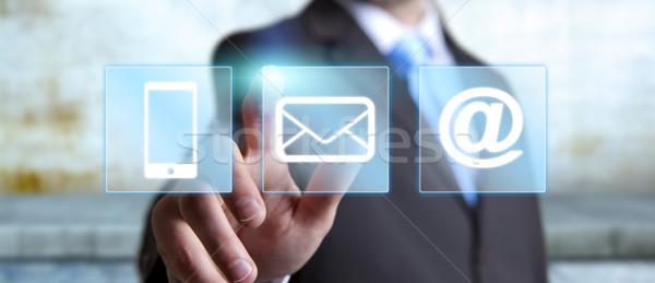 бизнесмен цифровой интерфейс служба стороны человека Сток-фото © sdecoret