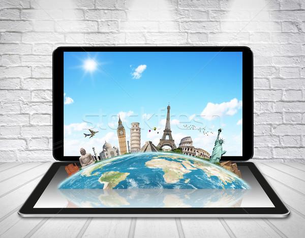 Anıtlar dünya tablet ünlü birlikte dijital Stok fotoğraf © sdecoret