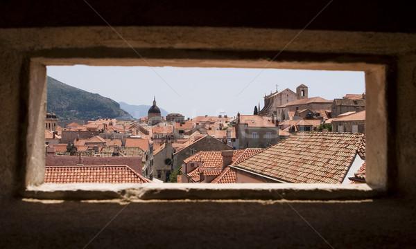 Dubrovnik janela ver telhados Croácia estreito Foto stock © searagen