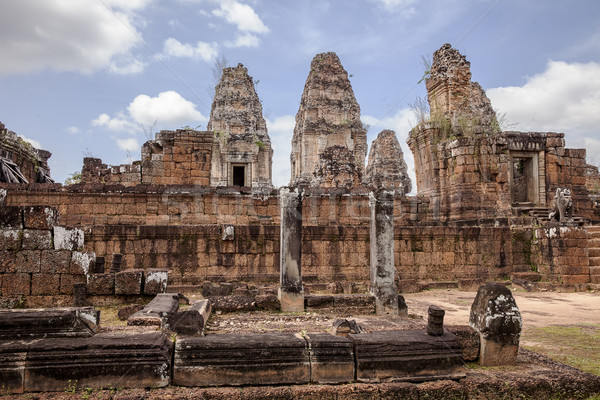 Torres central templo Angkor Wat Camboja Foto stock © searagen