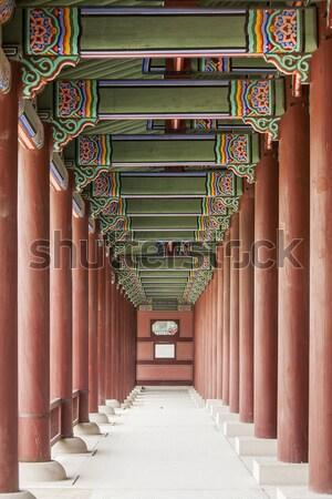 Foto stock: Palácio · corredor · longo · complexo · vermelho · madeira