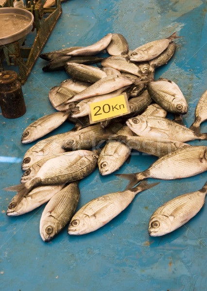Faible poissons vente nombre 20 Photo stock © searagen