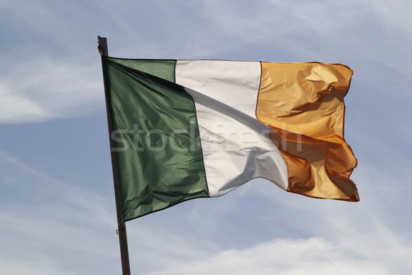 ír zászló szél integet szellő fehér Stock fotó © searagen