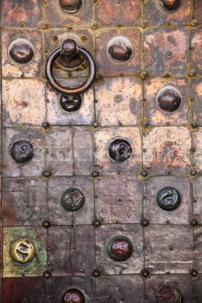 Cobre puerta templo detallado vista uno Foto stock © searagen
