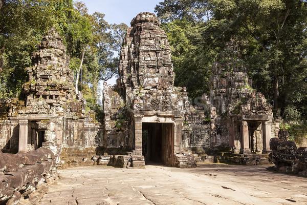 Entrada templo principal Angkor Wat Camboja três Foto stock © searagen
