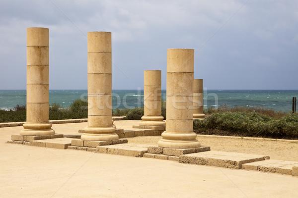 Foto stock: Pedra · conjunto · em · pé · costa · antigo · romano
