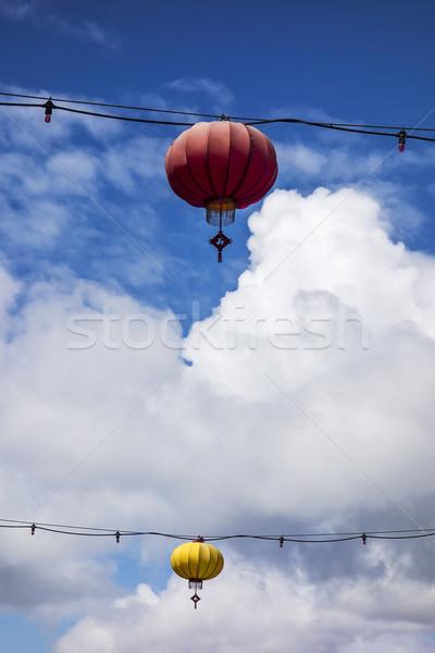 Piros citromsárga lámpások egy lámpás drótok Stock fotó © searagen
