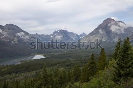 Dois medicina lago cênico ver montanhas Foto stock © searagen