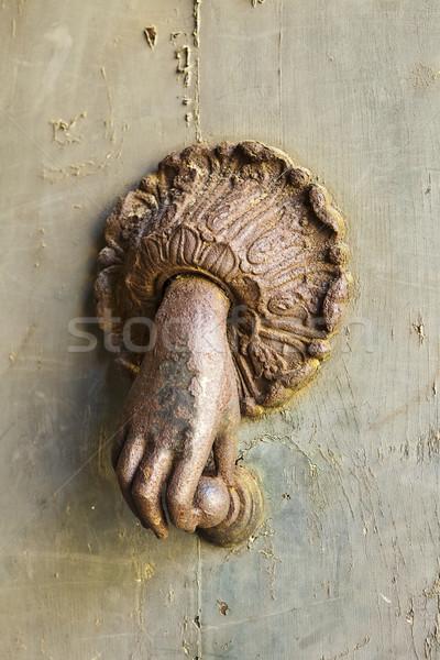 Rozsdás kéz ajtó titokzatos ki tart Stock fotó © searagen