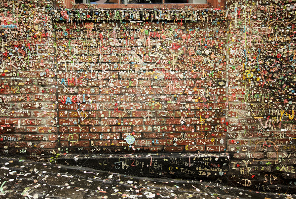 Post Alley Walls With Gum Stock photo © searagen