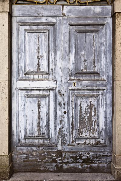 Oude deur textuur grijs verf verweerde Stockfoto © searagen