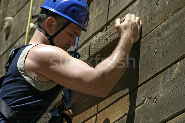 Erős bicepsz felfelé védősisak következő tart Stock fotó © searagen