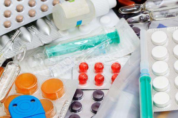 Ilaç tıbbi tıp grup bilim yardım Stok fotoğraf © Serg64