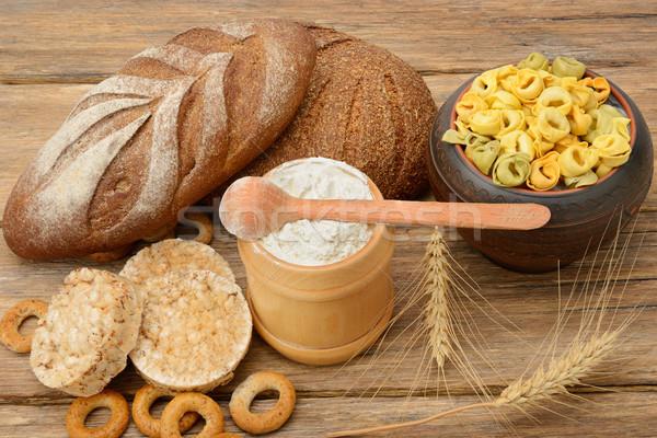 Produtos trigo mesa de madeira comida jantar milho Foto stock © serg64