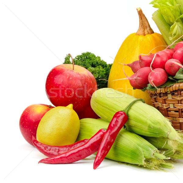 Válogatás zöldségek gyümölcsök kosár izolált fehér Stock fotó © serg64