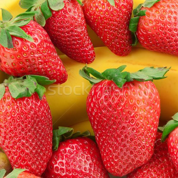 Banán eper izolált fehér gyümölcs háttér Stock fotó © serg64