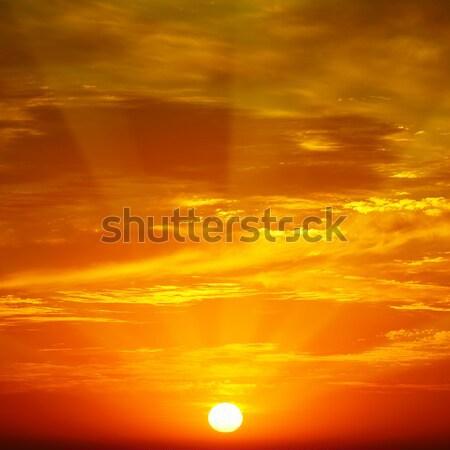 Nuvens luz solar pôr do sol primavera luz Foto stock © serg64