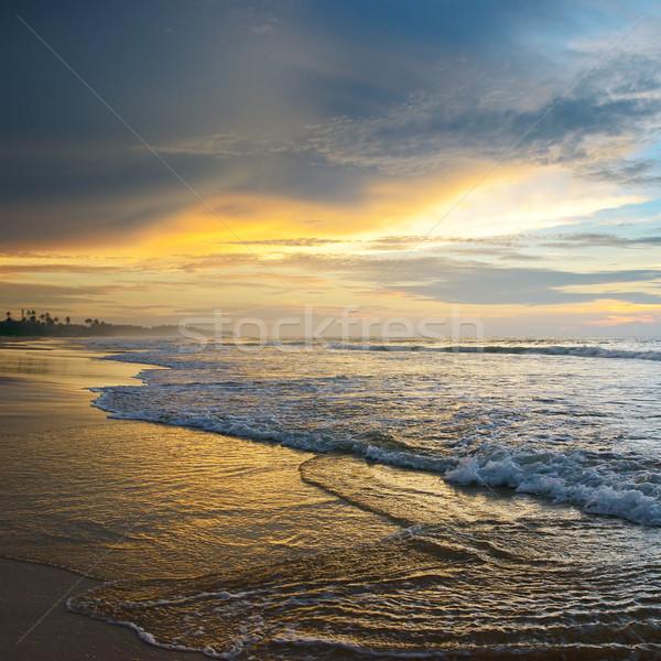 Güzel gündoğumu okyanus gökyüzü su bulutlar Stok fotoğraf © serg64