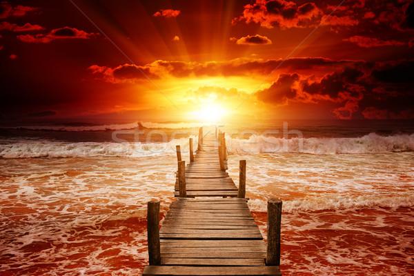Molo łodzi morza jasne Świt ocean Zdjęcia stock © serg64