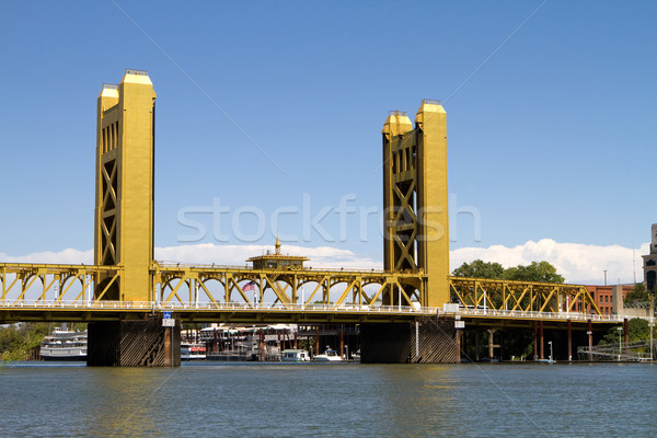 Tower Bridge verticale ascensore ponte California fiume Foto d'archivio © sframe