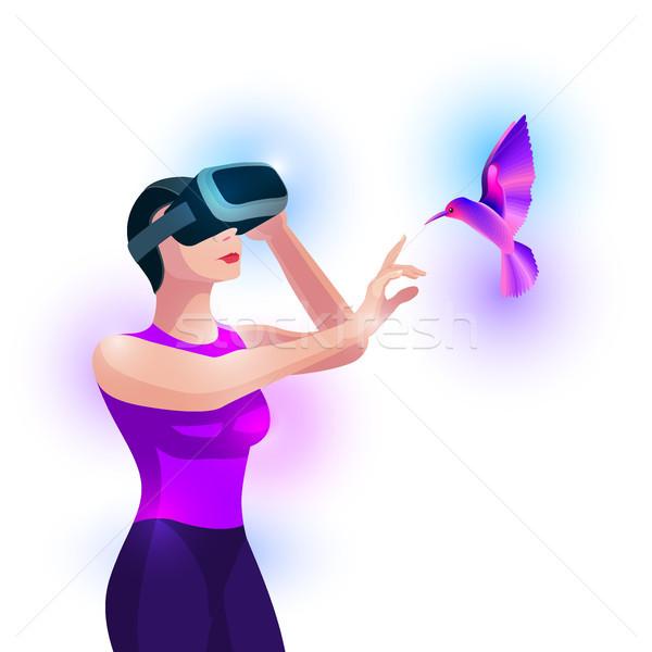 Virtual realidade experiência mulher tocante pássaro Foto stock © sgursozlu