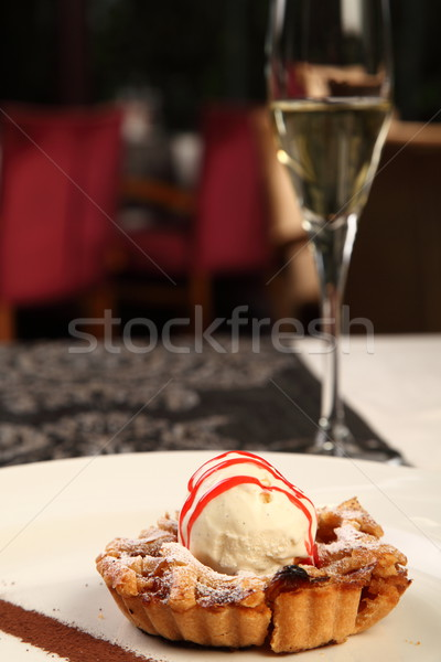 Сток-фото: пирог · мороженым · яблочный · пирог · ресторан · льда · шампанского